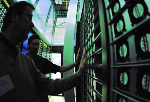 Az adatközpont hűtése akkor gazdaságos, ha a légmozgás optimális.