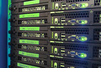 Az olcsó VPS szerverek gyakorlatilag bármikor migrálhatóak egyik szerverről a másikra.