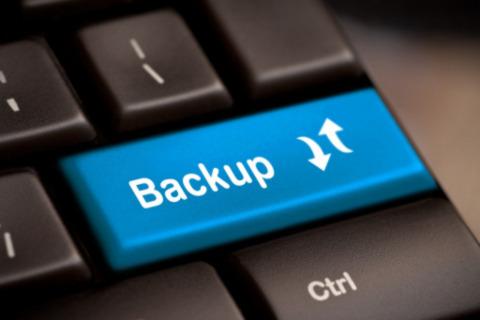 Az olcsó VPS szolgáltatás költséghetékonyan oldhatja meg a redundancia problémáját.